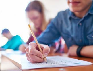Extensão em OFICINAS DE FORMAÇÃO: Elaborando trabalhos acadêmicos!